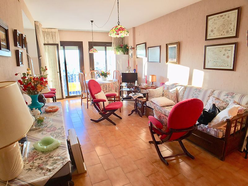 Apartment 100 meters from the beach in Empuriabrava